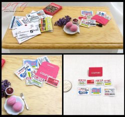 GROCERY COUPONS AND ORGANIZER in Miniature Scale